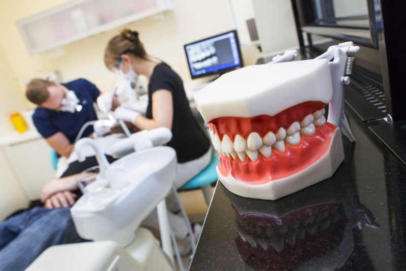 featured image for manila dentist